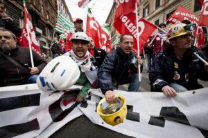 13.04.12 Rzym.   Włoski strajk generalny.