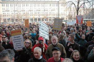 28.03.07 Warszawa. Demonstracja o prawo kobiet do aborcji.