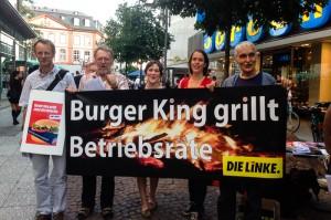 09.2013 Akcja Die Linke podczas kampanii wyborczej - za podwyższeniem płacy minimalnej do 10 euro/godz. Druga z prawej, deputowana Christine Buchholz.