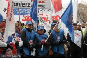 27.11.13 Kielce. Demonstracja trzech central związkowych.