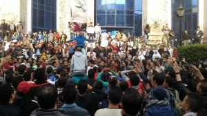 25.01.2014 Kair. Demonstracja przed Syndykatem Prasowym. W dzień trzeciej rocznicy rewolucji wojsko zabiło ok. 100 osób – 1000 aresztowano.