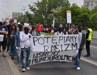 30.05.10 Warszawa. Demonstracja ws. zastrzelonego przez policję Maxwella Itoyi.
