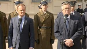 26.03.14 Tusk i Komorowski podczas odprawy kadry MON i sił zbrojnych.