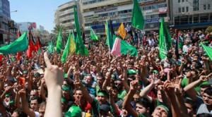 01.08.14 Nablus. Zachodni Brzeg. Palestyńczycy protestują przeciw atakowi Izraela na Gazę.