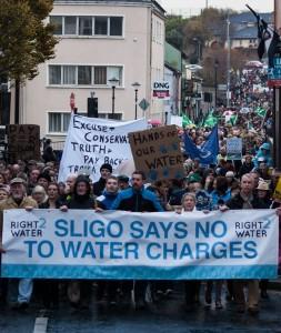 01.11.14 Lokalna demonstracja w Sligo (ludność 20 tys.).