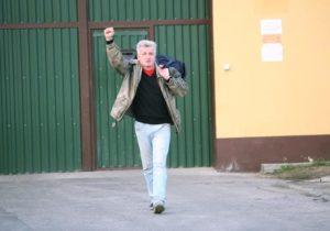 12.11.13 Piotr Ikonowicz opuszcza więzienie.