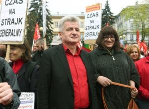 Piotr Ikonowicz i Anna Grodzka na pochodzie pierwszomajowym w 2013 r. Potrzebujemy szerokiej, niezależnej lewicy.