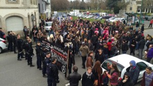 21.12.15 Pontivy, Bretania. Lokalna demonstracja przeciw rasizmowi  i faszyzmowi odbyła się wbrew zakazowi prefekta.