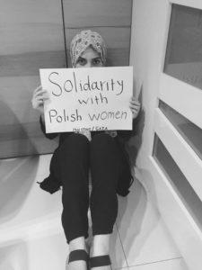 Palestynka z Gazy - solidarnosc z polskimi kobietami