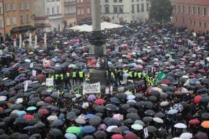Warszawa - strajk kobiet