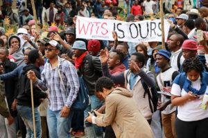 Protest na Uniwersytecie Witwatersrand w Johannesburgu.